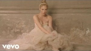 Video: Shakira - Empire